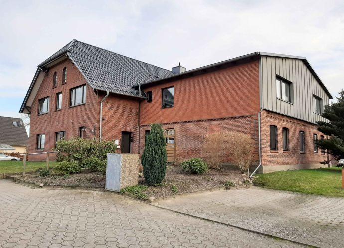Fliegenberg/Stelle - Sanierte Altbauwohnung in ehemaligem Bauernhaus