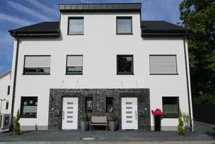 Einziehen und wohlfühlen! Doppelhaushälfte mit 6 Zimmern in Mönchengladbach Gerkerath