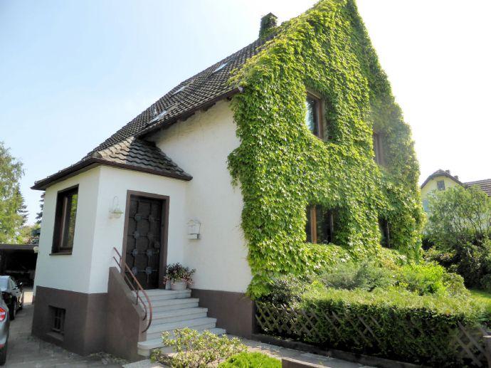 Wohnhaus mit Einliegerwohnung in Bielefeld OT Milse!