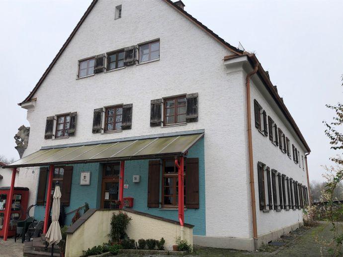 Mehrfamilienhaus 1987 saniert - mit zwei