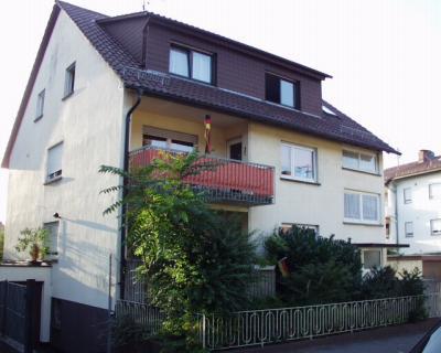 Möblierte 2-Zimmer-Wohnung in Leutershausen an der Bergstraße zu vermieten im Untergeschoss mit ge