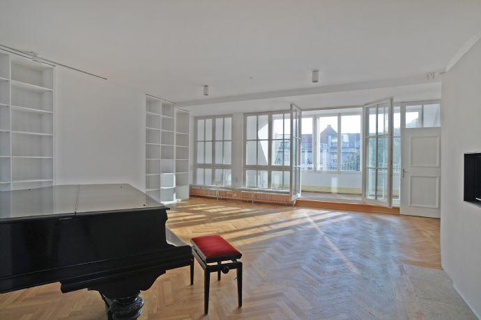 Traumhafte Dachterrassen-Maisonette-Wohnung in Jugendstilgebäude - Bestlage