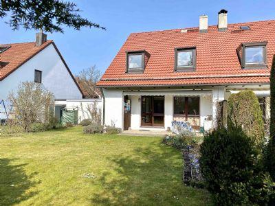 Charmante Doppelhaushälfte mit Süd-Terrasse und Garten