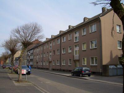 komlett renovierte helle 3 5 raum wohnung recklinghausen s d etagenwohnung recklinghausen. Black Bedroom Furniture Sets. Home Design Ideas