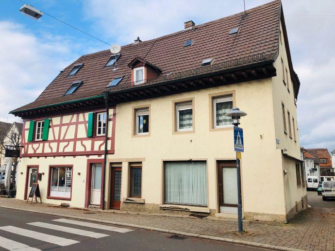 """Kapitalanlage - Traditionsgebäude """"Zum Goldenen Löwen"""" Sanierungsbedürftiges Mehrfamilienhaus mit Ladeneinheit und Werkstatt"""