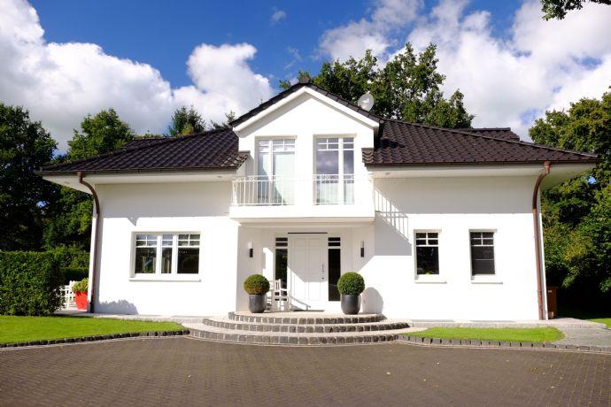 Schöne S&T Villa in HH-Volksdorf !