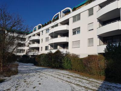 Tolle Lage Helle 2 Zimmer Wohnung mit Terrasse und
