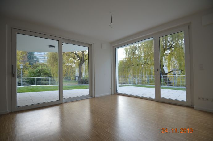 Hochwertige Hochparterre Wohnung Nr. 3 mit Garten im KFW 40plus Energiehaus mit eigener Stromversorgung (PV) und Infrarotheizung