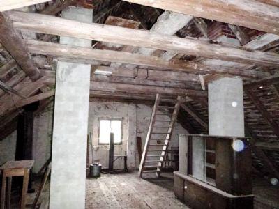 Beeindruckender Dachbereich mit Ausbaupotential