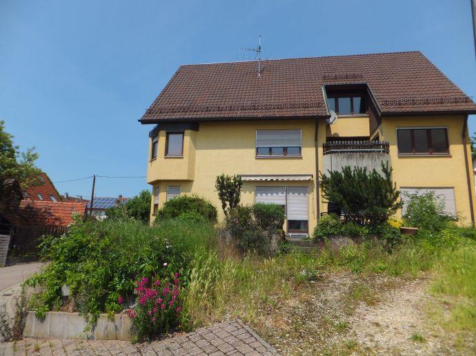 Top Lage! Großzügiges Haus mit 2 geschmackvollen Wohnungen und Garten in Haubersbronn-Schorndorf