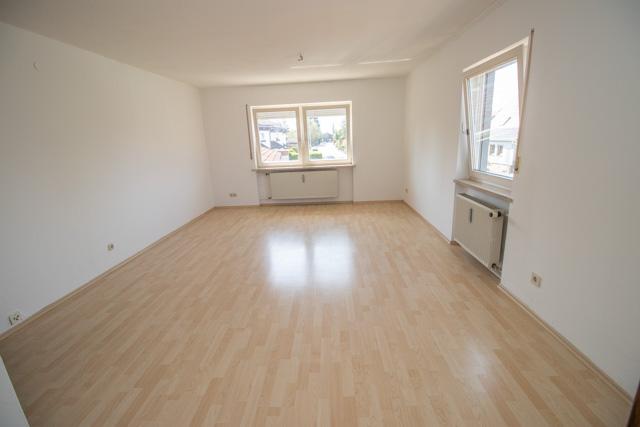 Tür an Tür! 2 x 3 Zimmer-Wohnungen!