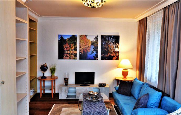 Exklusive, modernisierte 2-Zimmer-Wohnung mit Balkon und EBK in Bonn-Bad Godesberg