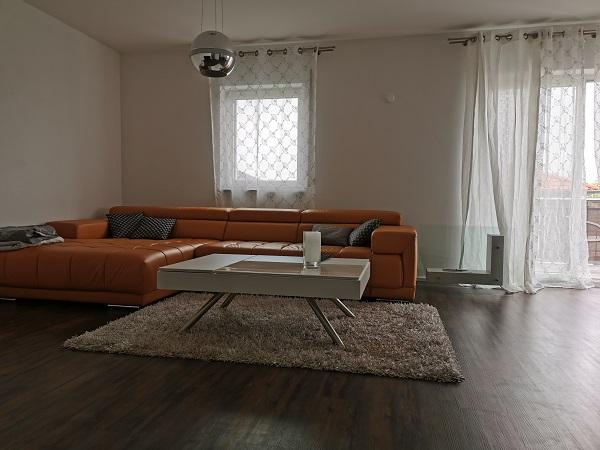 Doppelhaus mit 320 m² Wohnfläche- Provisionsfrei