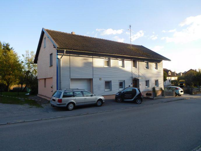 Gepflegtes 2 Parteienhaus in Sulzbach am Inn zu verkaufen
