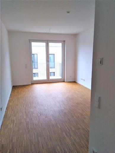 Neuwertige, helle 2-Zimmerwohnung mit Balkon
