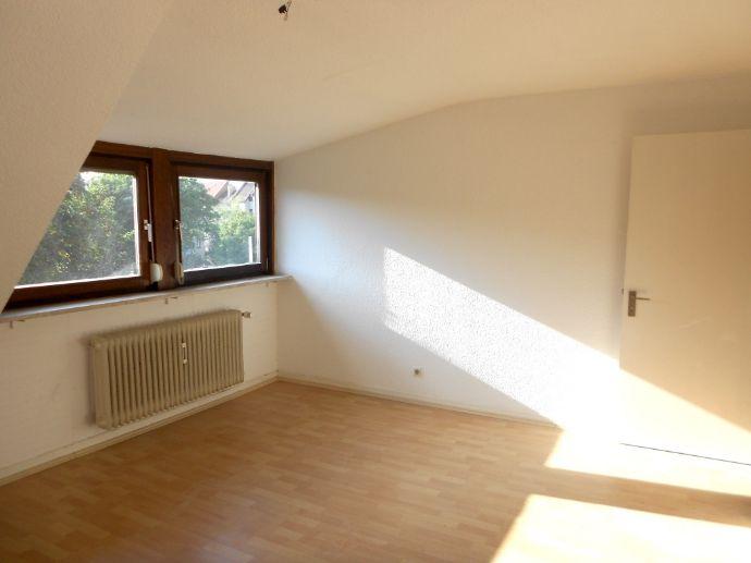 Gemütliche, Wohnung in beliebter Altstadtlage, Wohngemeinschaft geignet!