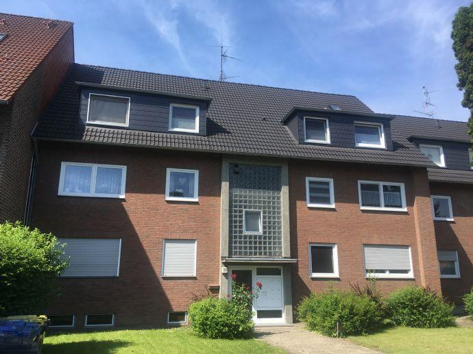 provisionsfreie, helle 3,5-Zi.-Wohnung DG mit Balkon