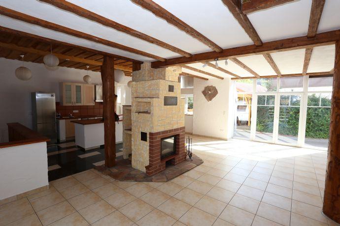 Renoviertes Bauernhaus mit eigener Sauna, Garten und Doppelcarport wartet auf seine Familie