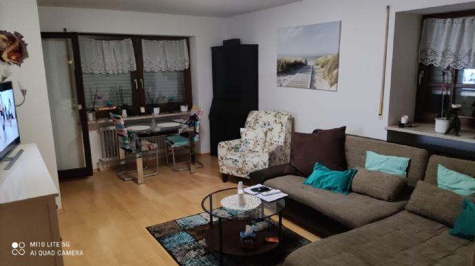 2 ZKB Wohnung mit Balkon und Garage in Mering