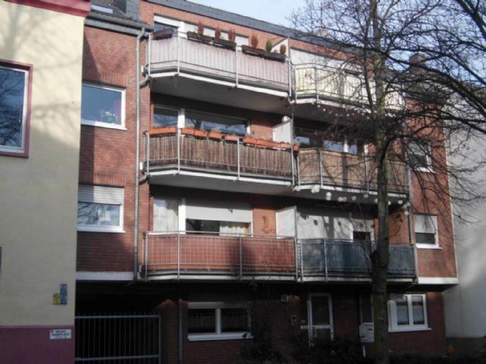 super 2,5 Zi. DG-Wohnung mit Balkon und Dachterrasse