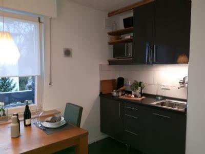 Möbliertes Appartement mit Balkon - Löffelfertig - Auf Wunsch mit Reinigungs- und Bügelservice