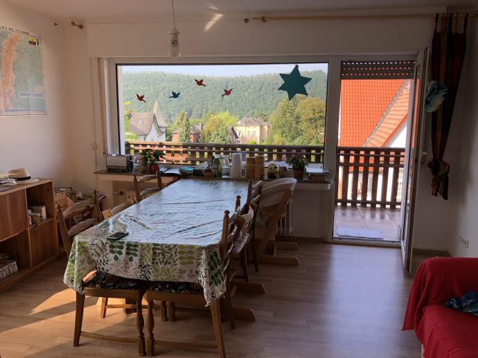 Gepflegte Familienwohnung in beliebter Wohnlage