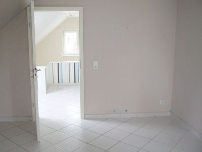 ideal f r zwei frei stehendes efh mit super ausstattung. Black Bedroom Furniture Sets. Home Design Ideas