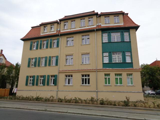 sehr hochwertige 3-Raum-Dachgeschoss-Wohnung mit Loggia in Bautzen