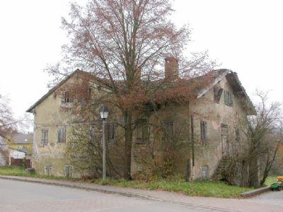 Ihr neues Zuhause mit Haupthaus & Querbau