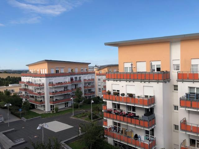 Möbiliertes Doppelapartment in Idstein + Balkon!!