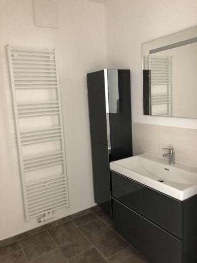 Großzügige 3 Zi. Neubau-Wohnung mit Tiefgarage und Einbauküche