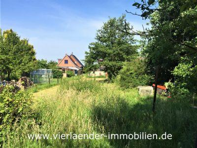 Großzügiges Baugrundstück für zwei Wohngebäude in verkehrsgünstiger Lage