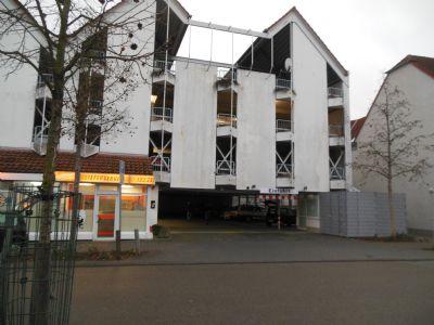 Lampertheim Garage, Lampertheim Stellplatz