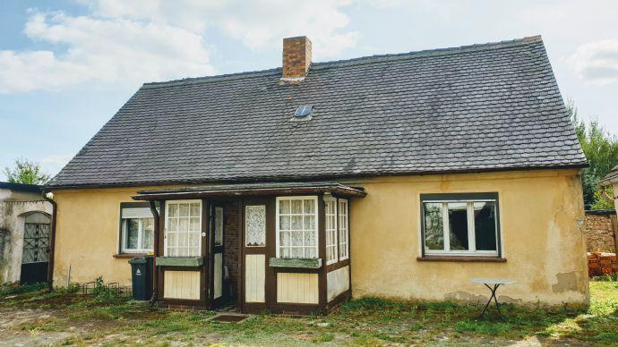 Kleiner Bauernhof mit großer Scheune in Lauchhammer zu verkaufen!