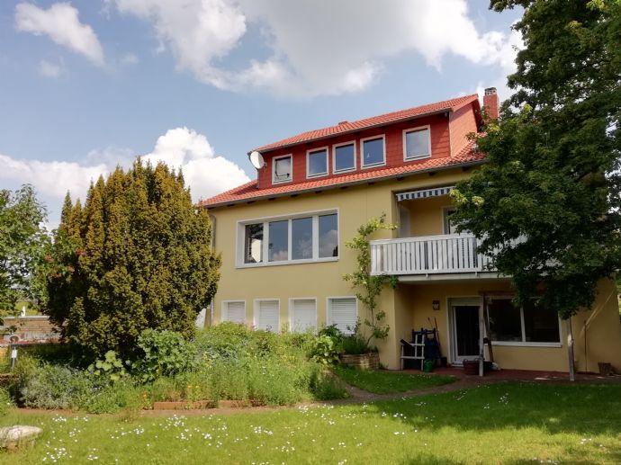 Sonniges 10-Zi. Haus in Hanglage, Hildesheim