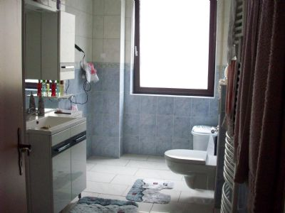 Bild 7: Badezimmer
