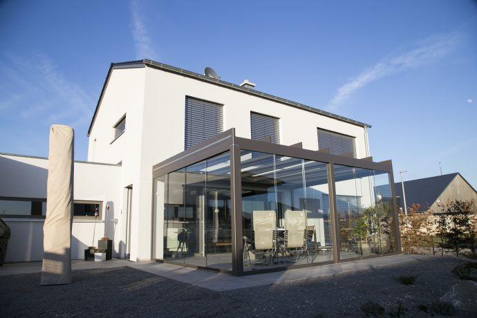 Exklusives Einfamilienhaus mit Doppelgarage nördlich von Ingolstadt