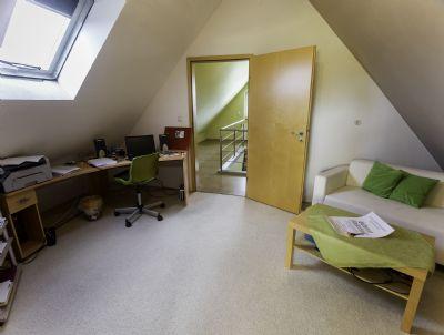 reserviert doppelhaush lfte oder eigentumswohnung. Black Bedroom Furniture Sets. Home Design Ideas