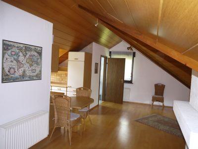 2 zimmer dachstudio mit balkon in ruhiger sonniger lage etagenwohnung albstadt 26n3644. Black Bedroom Furniture Sets. Home Design Ideas