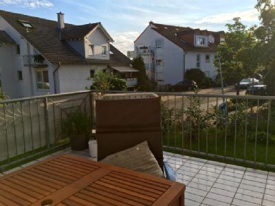 moderne 2 zimmer gartenwohnung mit neuer ebk terrasse. Black Bedroom Furniture Sets. Home Design Ideas