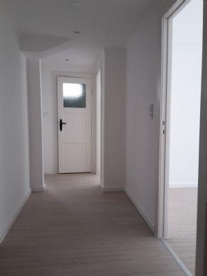 bremen schwachhausen helle 3 zimmer souterrain wohnung wohnung bremen 2a4u948. Black Bedroom Furniture Sets. Home Design Ideas