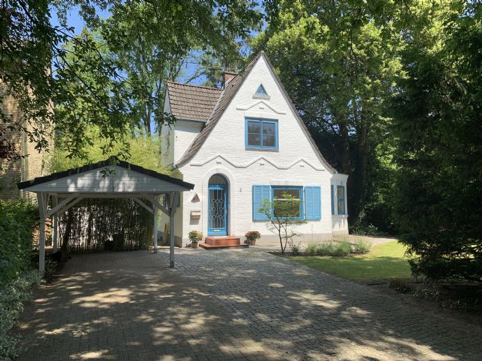 Reserviert! Charmantes Haus in Ahrensburg-Ost
