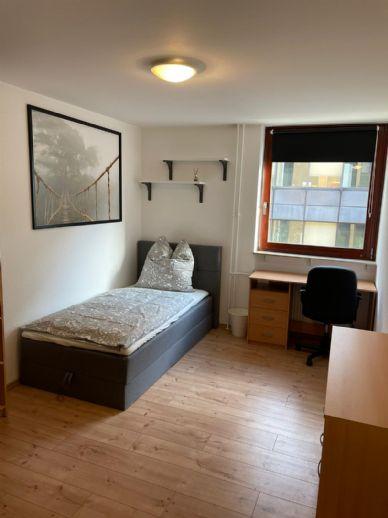 Erstbezug nach Sanierung: 1-Zimmer-Wohnung im Herzen Mannheims