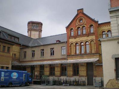 Rückseite mit Innenhof