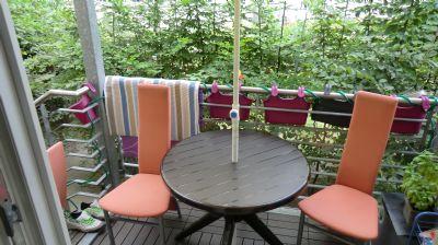 Modernisierte 2 –Zi. Altbauwohnung mit Wannenbad, Balkon und kleiner Terrasse! Wohnung Berlin ...