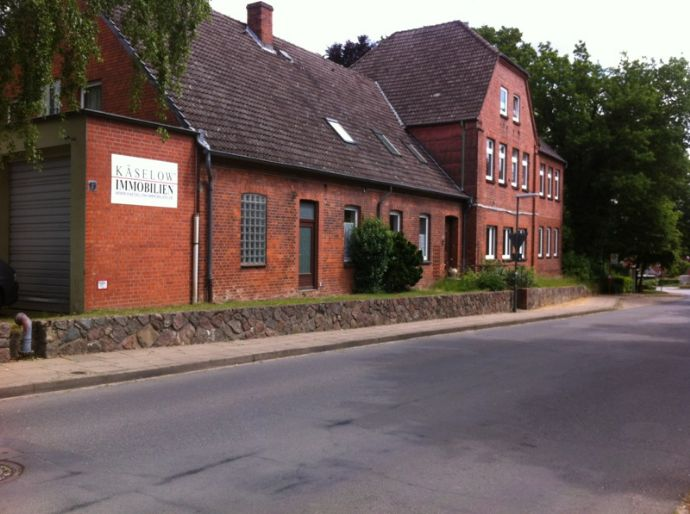 Zw. Schwarzenbek / Geesthacht  frisch renoviert! 3 Zimmer auf 99qm
