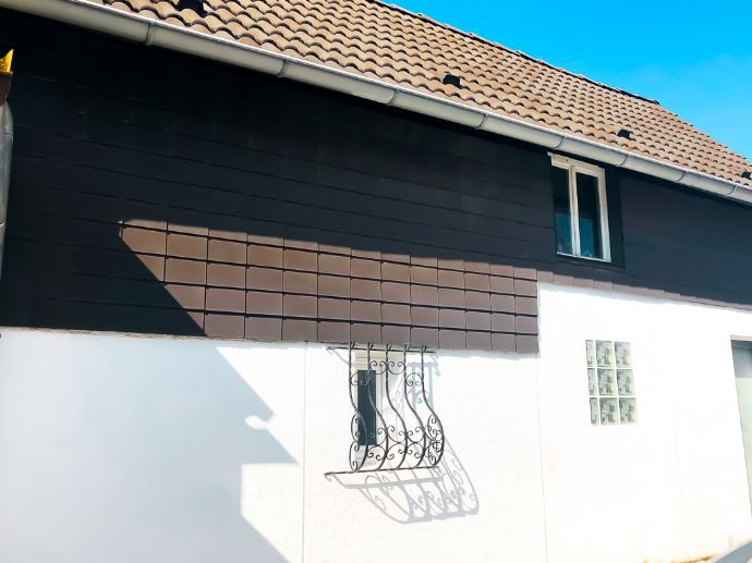 RAUMWUNDER: Einfamilienhaus mit Nebengebäude