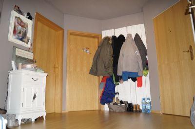gro z gige 3 zimmer dachgescho wohnung mit gehobener. Black Bedroom Furniture Sets. Home Design Ideas