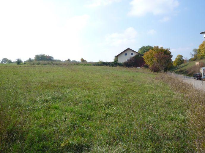 Sonniges Baugrundstück in Stausacker bei Kelheim