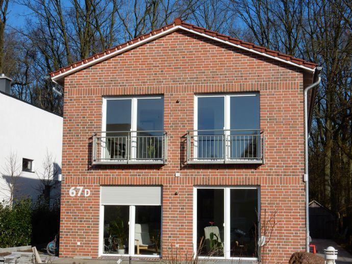 3-Zimmer-Neubauwohnung im Zweifamilienhaus am Wald